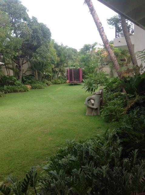 20 de 20: Jardin amplo