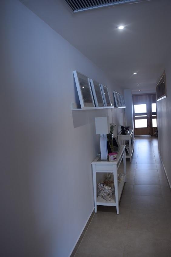 11 de 18: Pasillo Interior