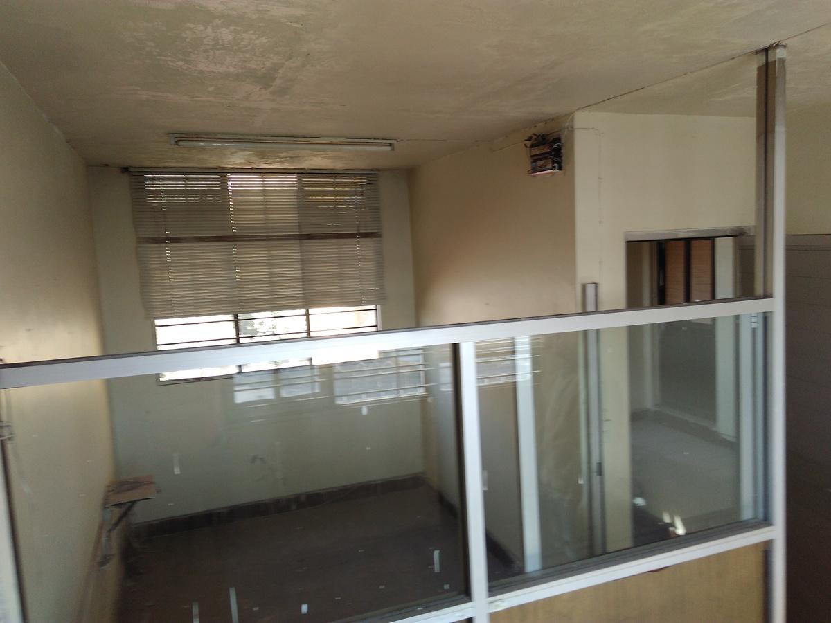 3 de 12: Area de oficinas