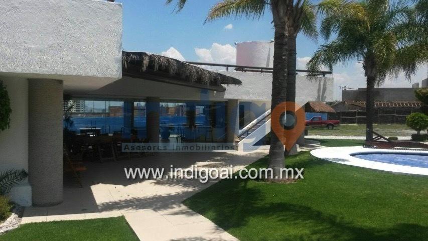 Exclusiva residencia moderna en venta en privada for Casas modernas juriquilla