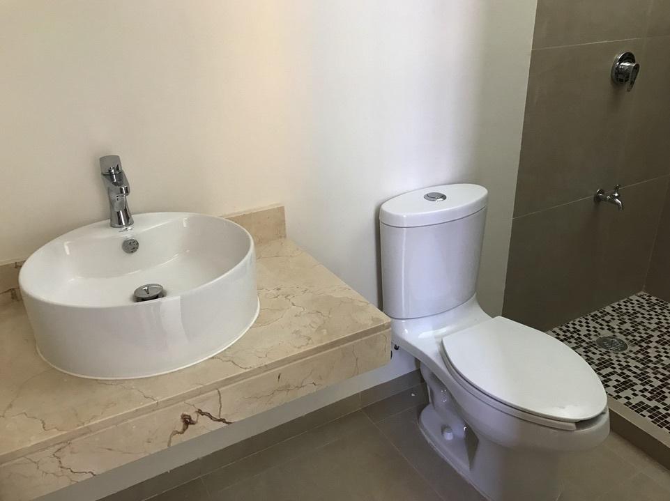 15 de 23: 4 baños en total