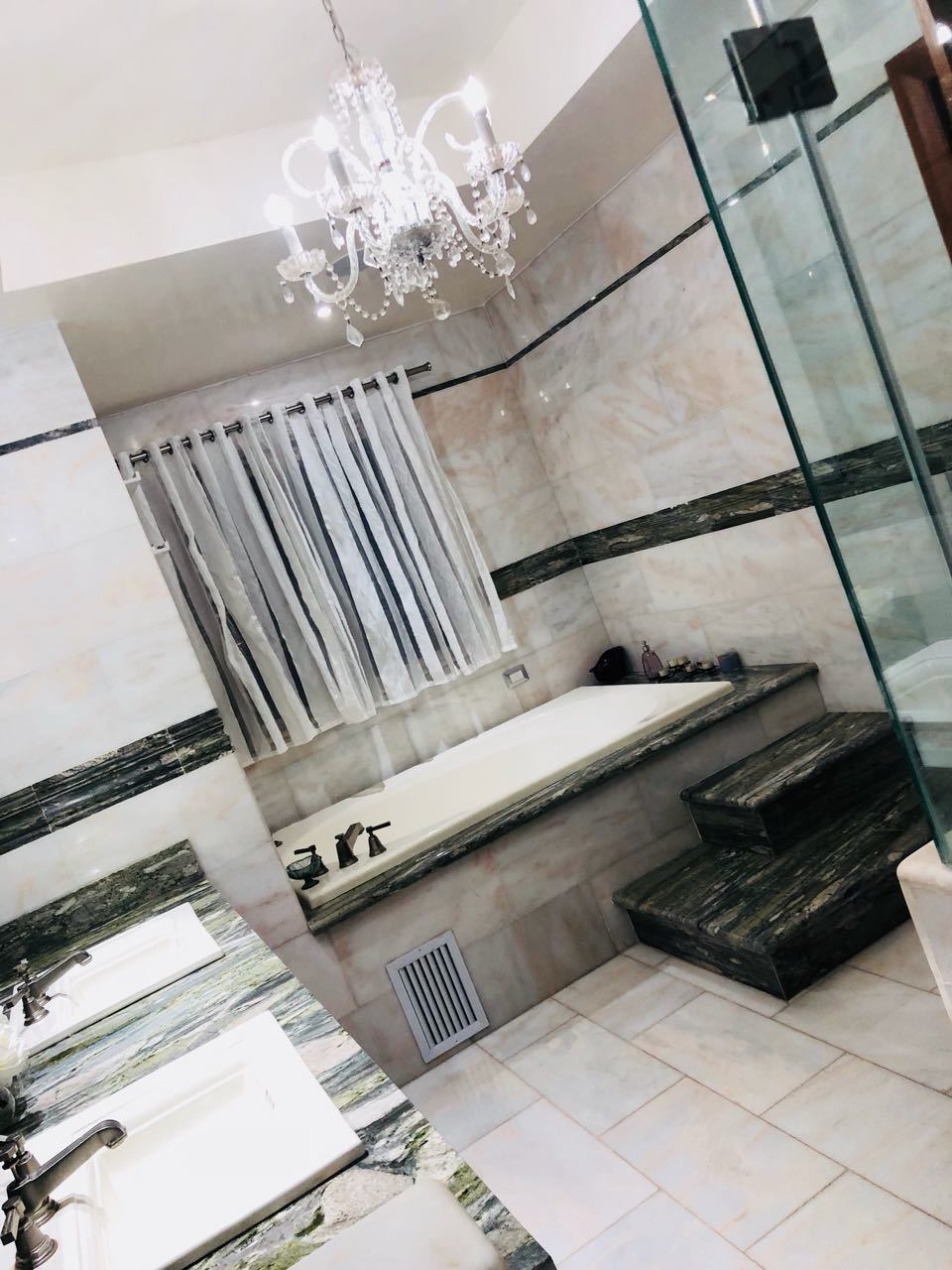 16 de 24: Baño principal