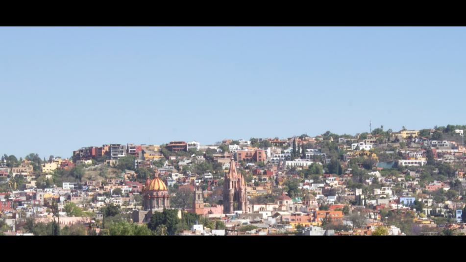 2 of 8: Vista a la Parroquia de San Miguel Allende