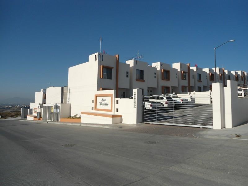 Casa de venta en tijuana colinas de california seccion for Renta de casas en tijuana