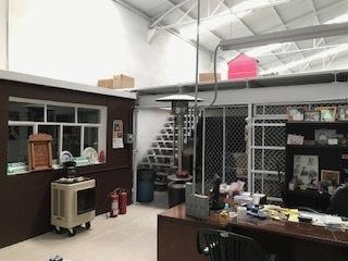 3 de 6: Vista Oficina, Planta Baja y Mezzanine