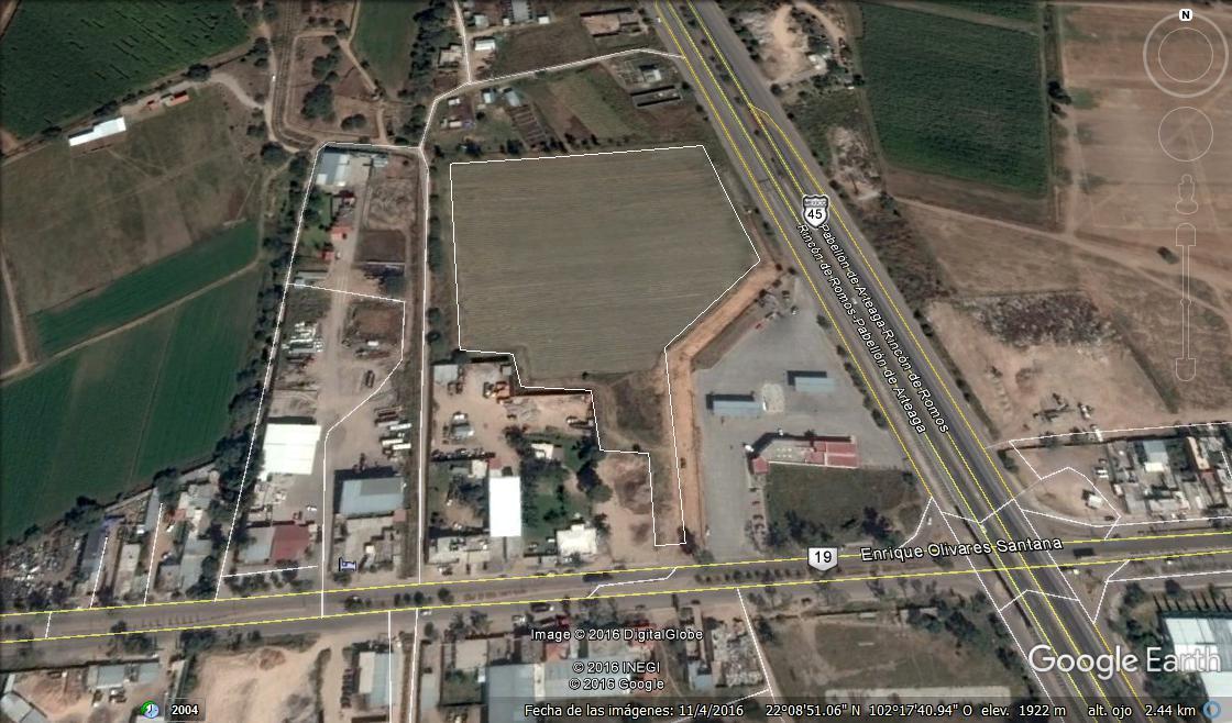 4 de 11: Localizado en el crucero P. de Arteaga y San Jose de Gracia