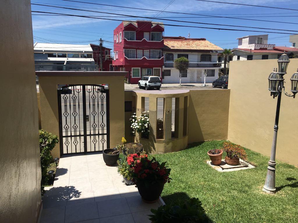 Acogedora Casa Con Jardin En Venta Playas De Tijuana Cerca Del Mar