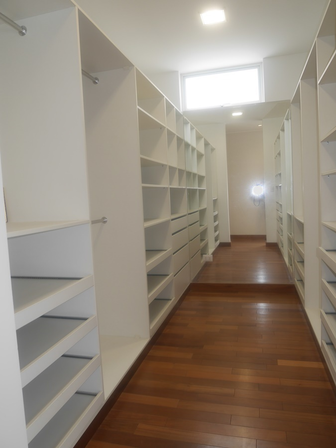 10 de 16: Walking closet cuarto principal