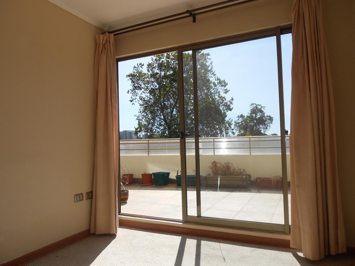 Soleado y c modos espacios en miraflores bajo easybroker for Juego terraza jumbo