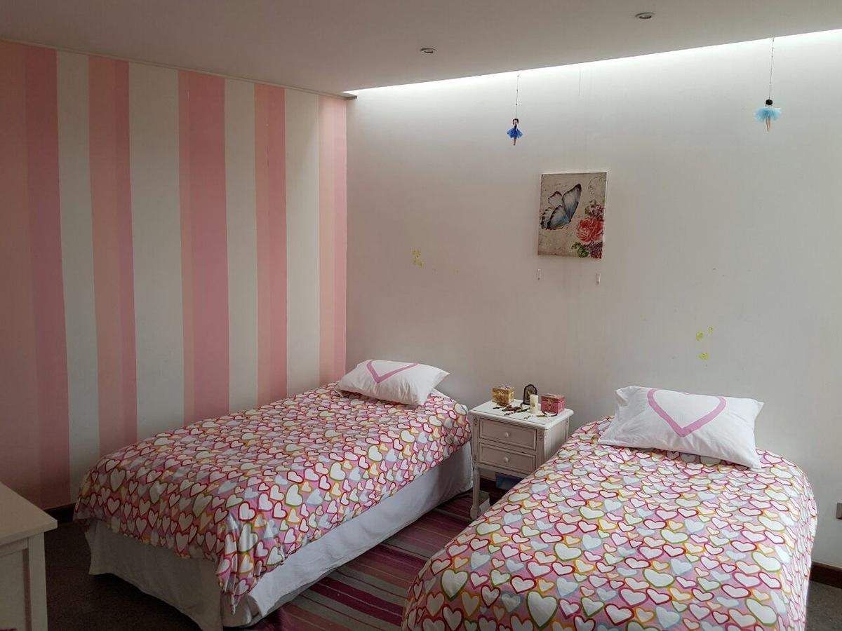 11 de 12: Dormitorio.