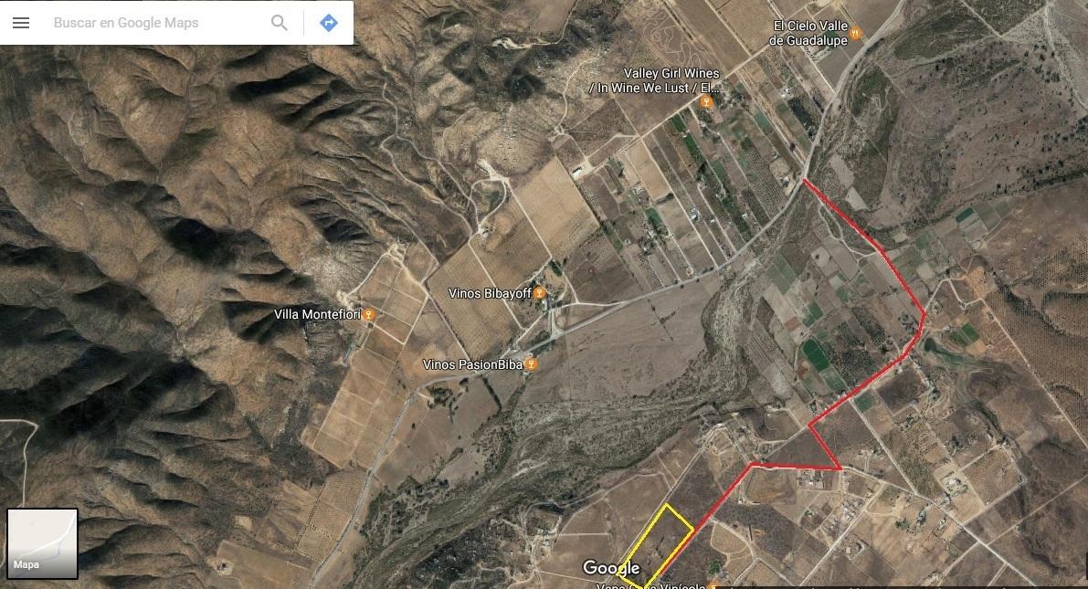 49 de 50: Camino al Valle de Guadalupe.