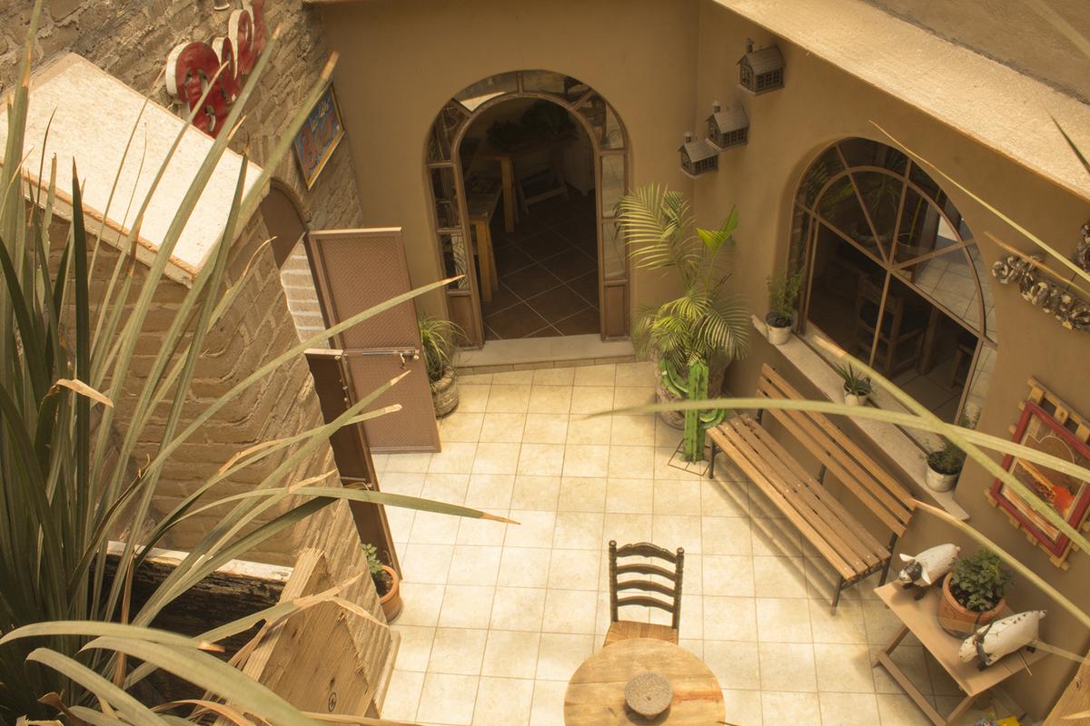 3 of 12: Vista desde el balcón