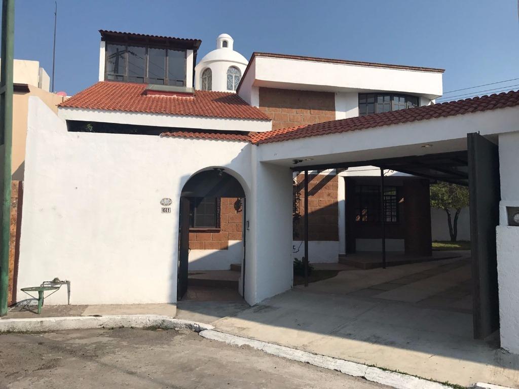 Venta residencia totalmente remodelada zerezotla easybroker for Estilo toscano contemporaneo