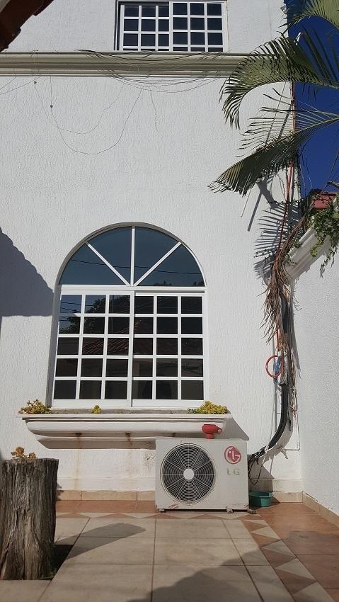 3 de 19: Parte de fachada.