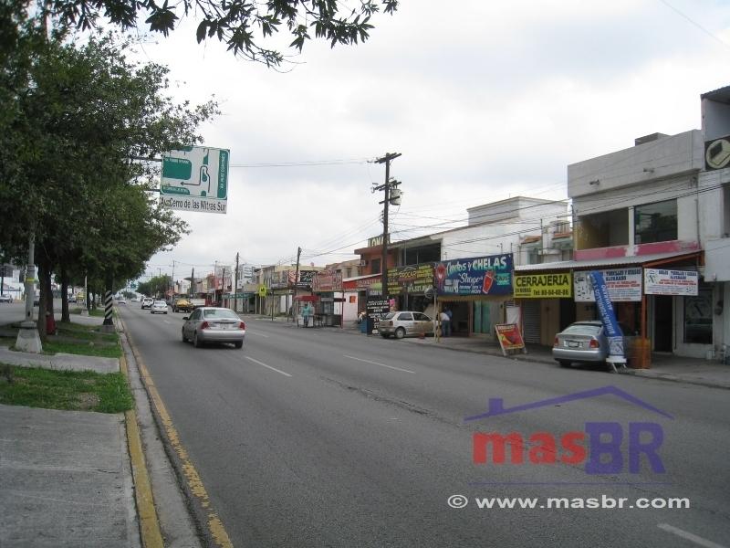 3 de 9: Avenida