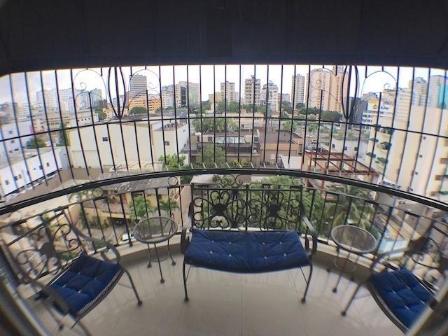 7 de 16: Balcón con vista SUR en el 1er. nivel del Pent-House