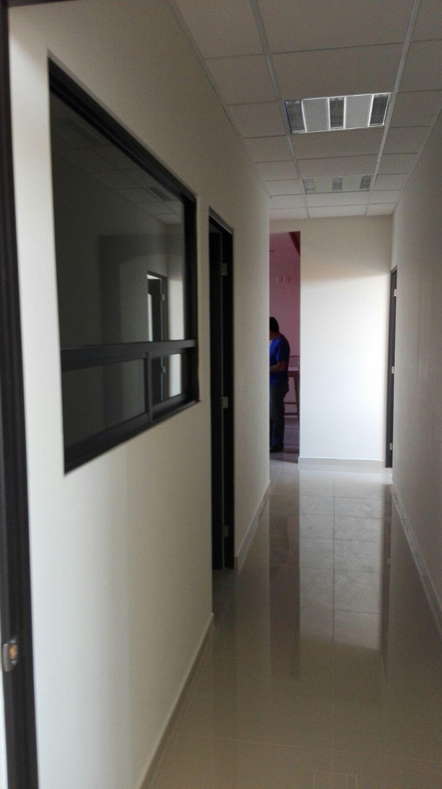 7 de 10: Oficinas de 40 m2 en renta en REAL PLAZA.