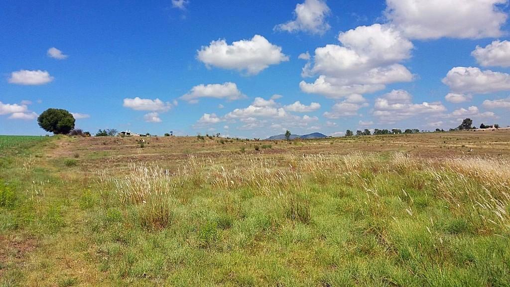 5 de 12: Vista de casa desde extremo lejano en terracería