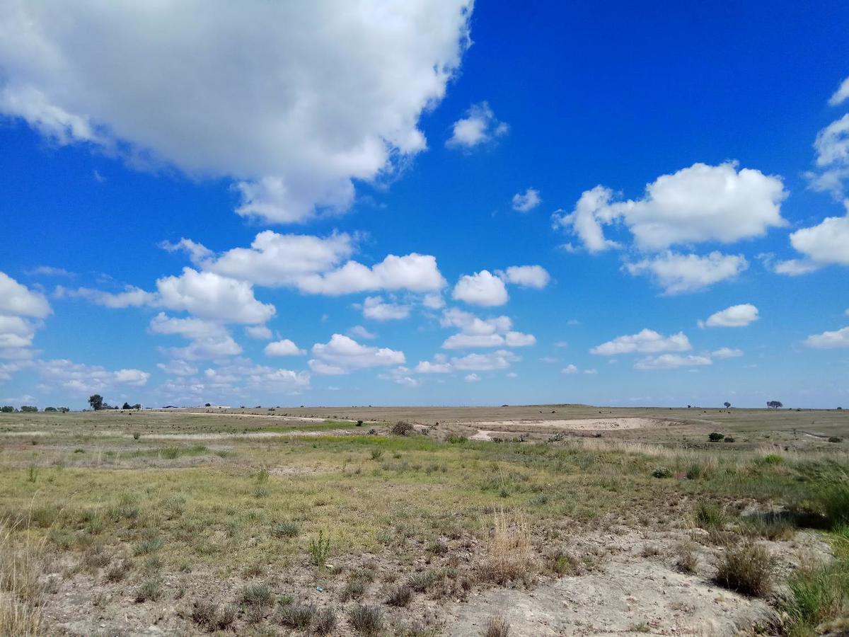 7 de 12: Vista desde extremo en diagonal del Rancho
