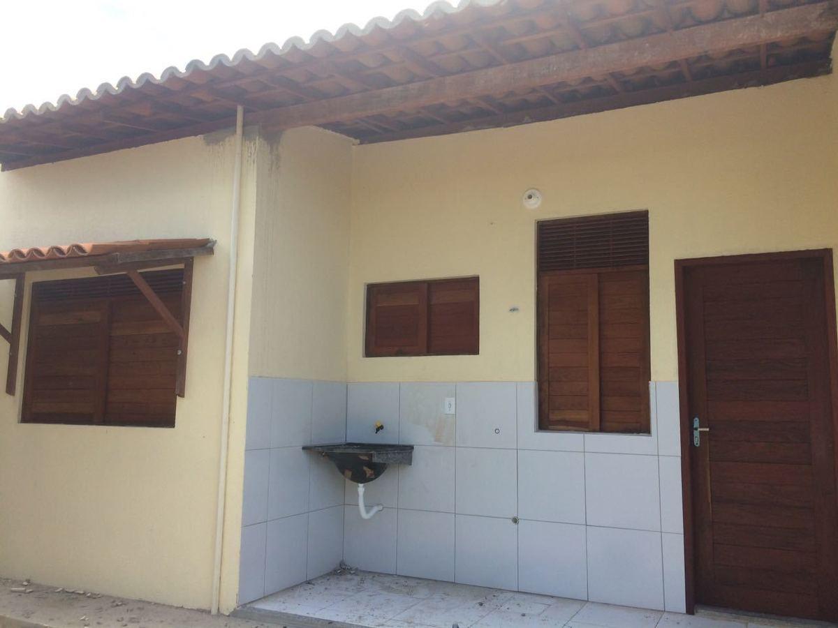 14 de 14: área serviço coberta acesso interno para cozinha