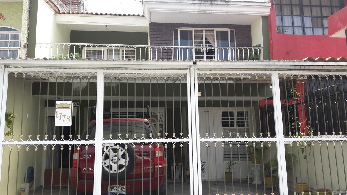 12 de 12: segundo piso tiene balcón