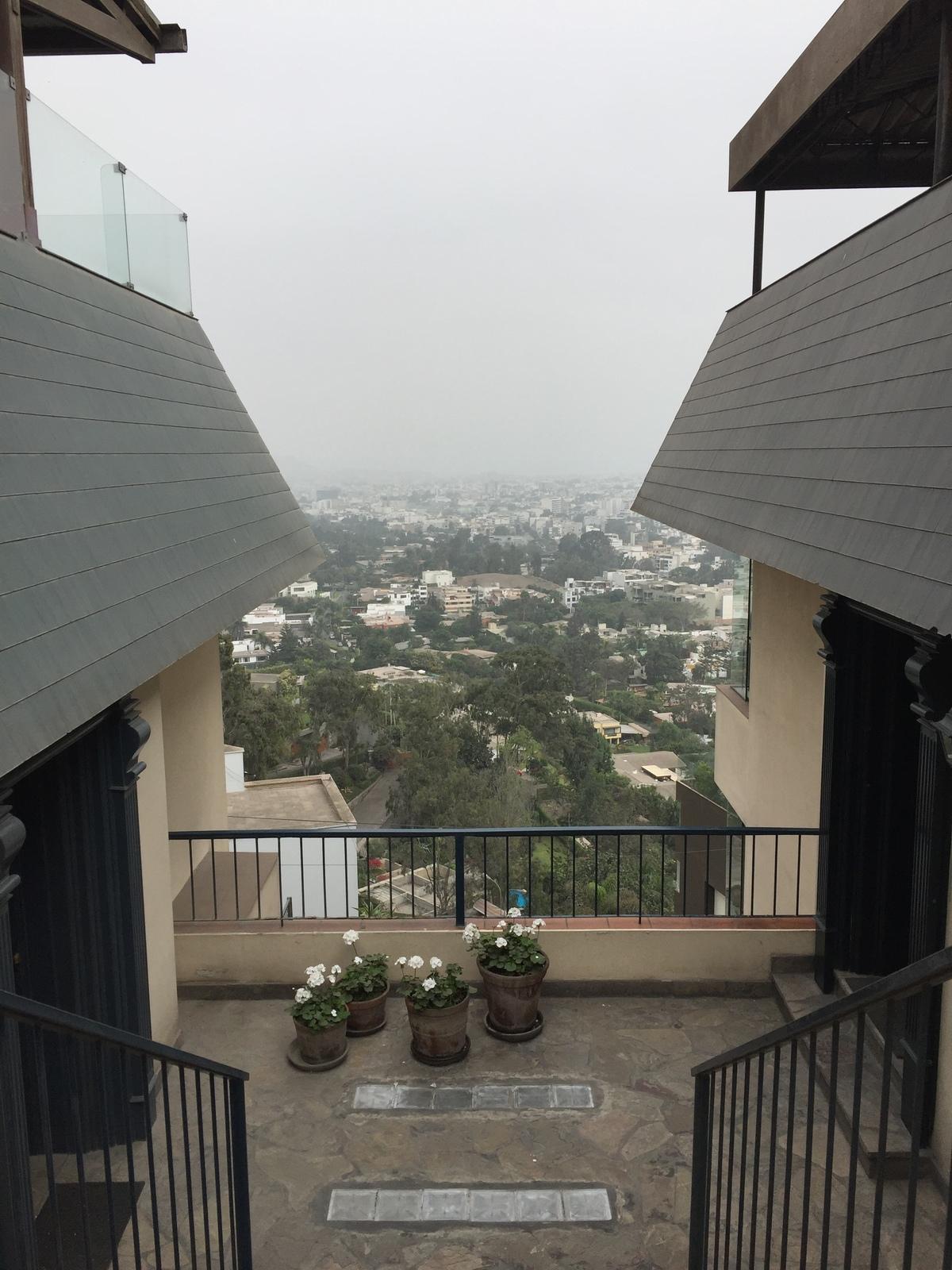 2 de 21: Vista desde la entrada