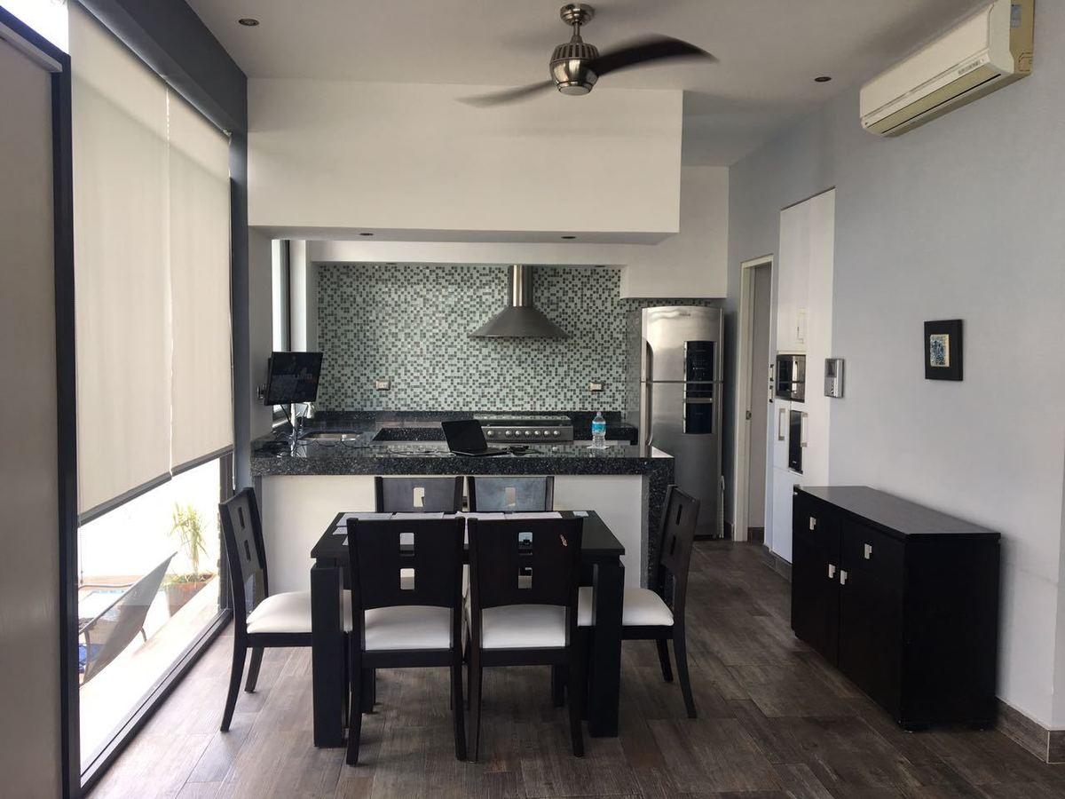 Casa tipo loft en privada porto bello for Casa tipo minimalista