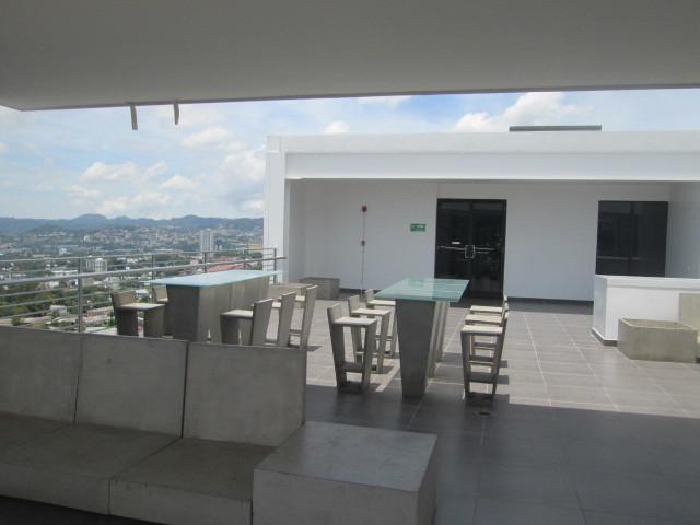 19 de 30: Area Comun - Terraza con Bar y Vista