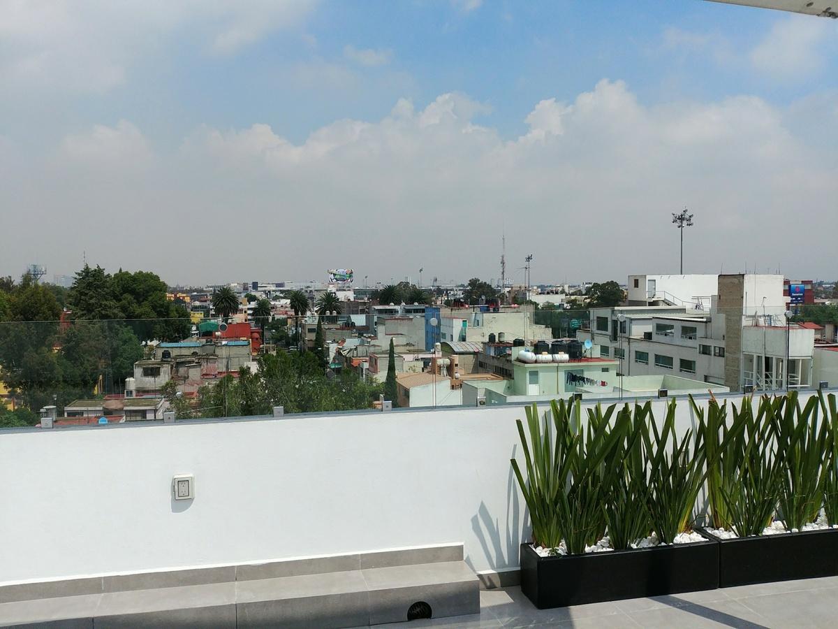 26 de 29: Roof garden privado, con asador, velaría, ½ bRoofaño, tarja