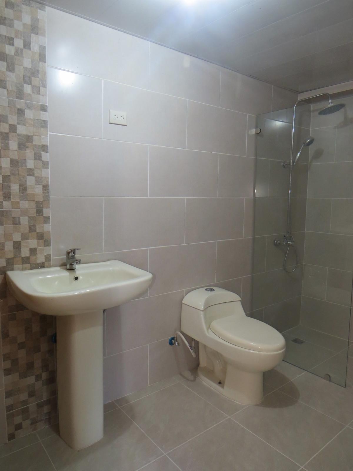 22 de 26: Baño Hab. Sec.