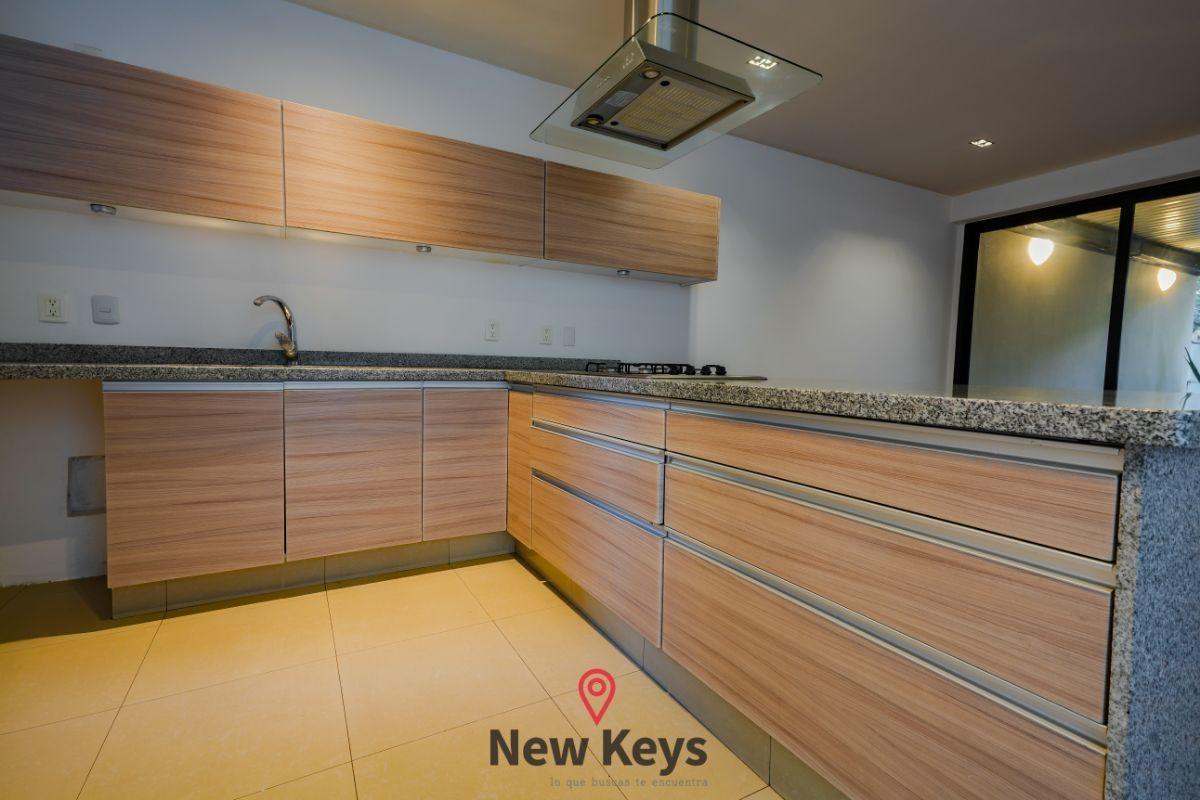 3 de 24: Vista interior cocina integral