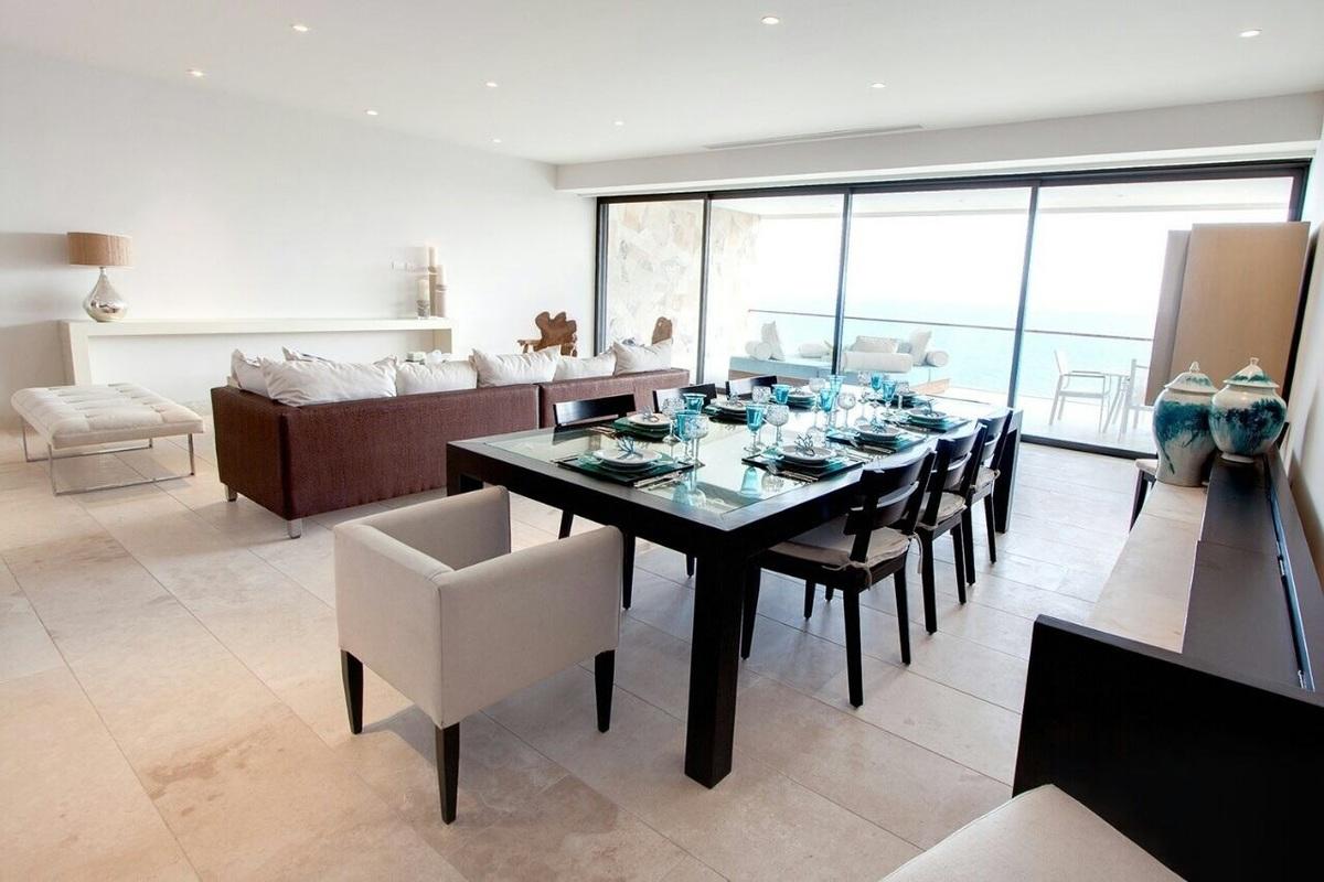 Condo arena blanca 5to piso for Cuanto cuesta una cama king size