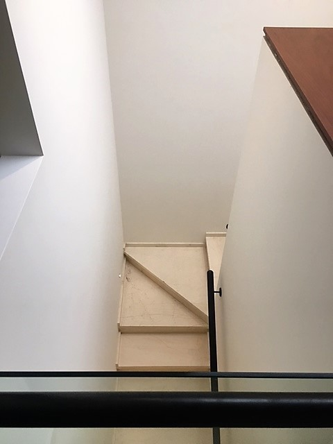 5 de 12: Escalera
