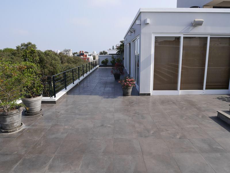 3 de 49: Gran terraza en el último piso del PH