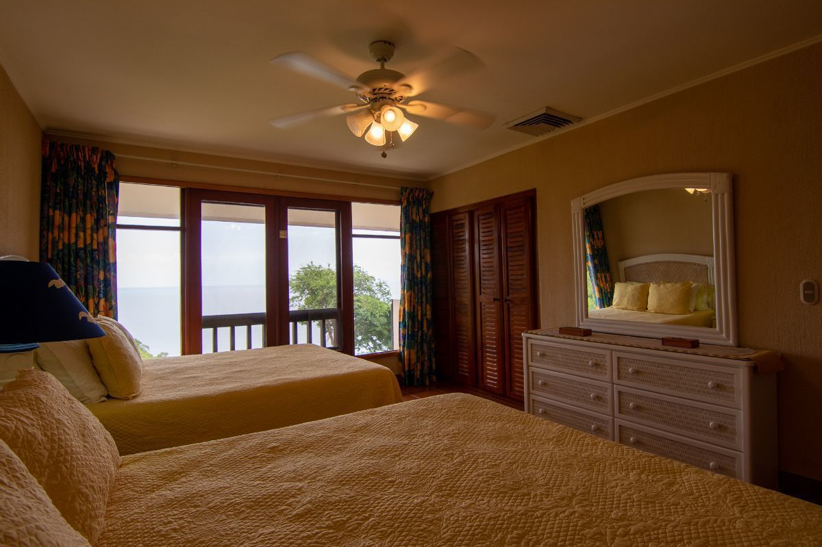 16 of 20: 2nd bedroom with ocean view