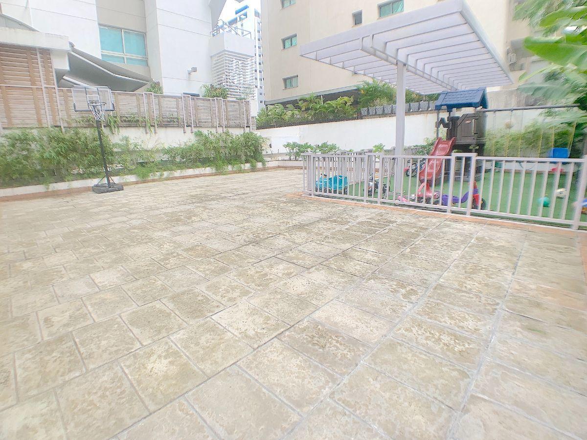 23 de 23: Terraza Común y area de niños