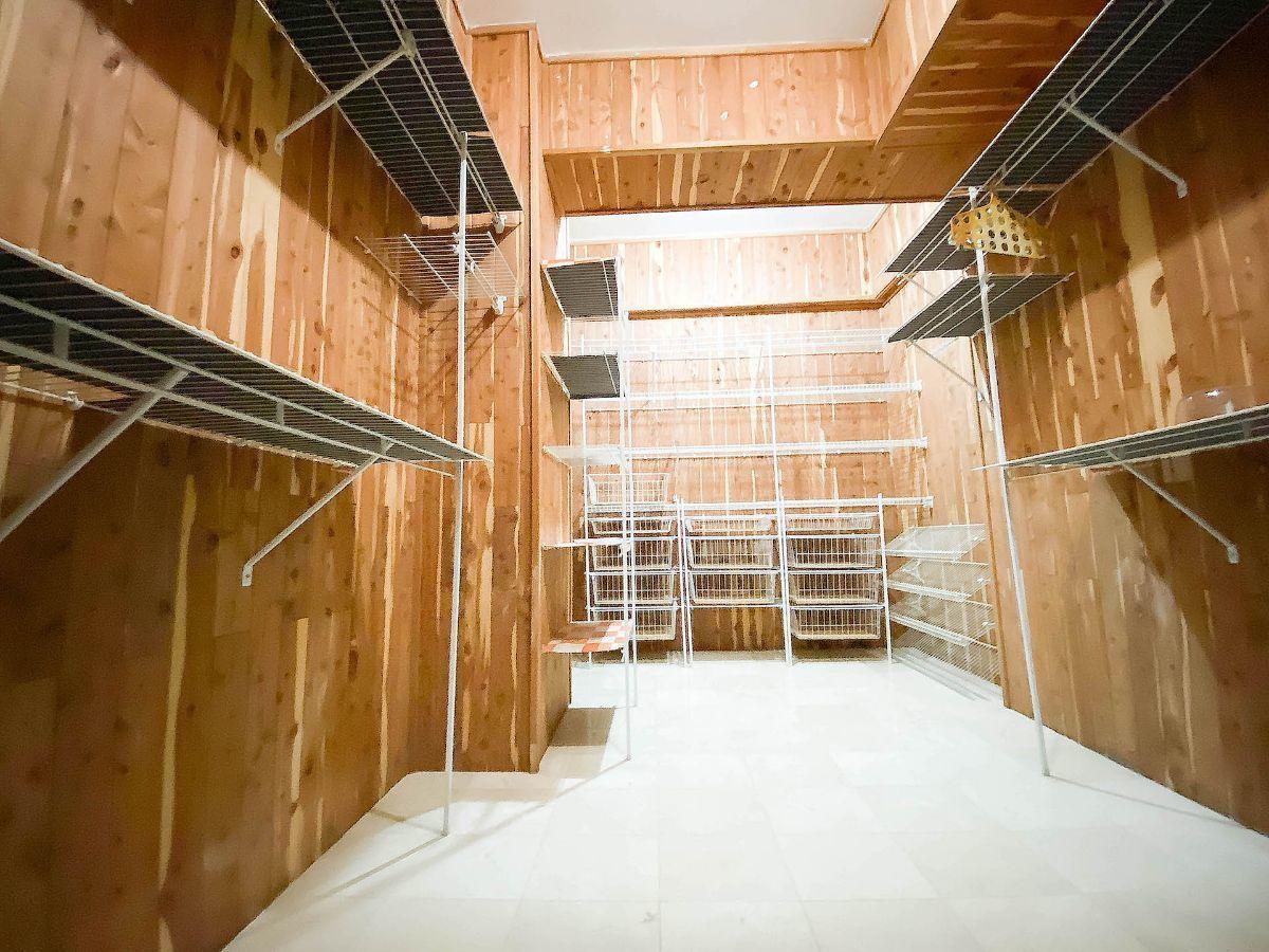 22 de 23: Todas las habitaciones con Walk-in closet