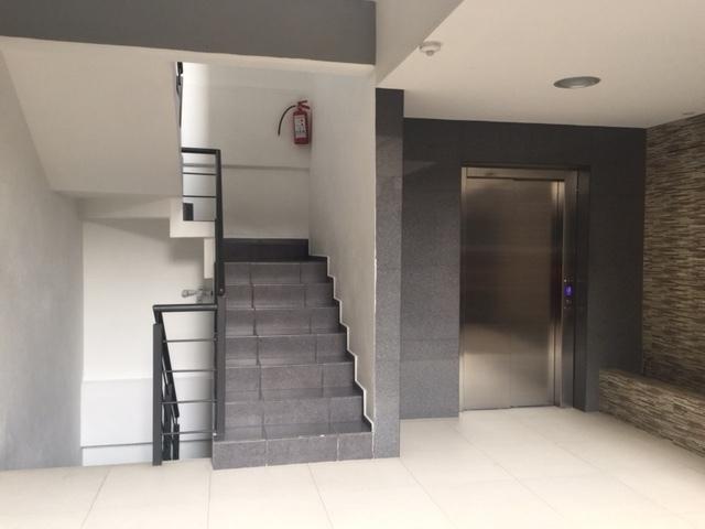 10 de 10: Vestíbulo y elevador