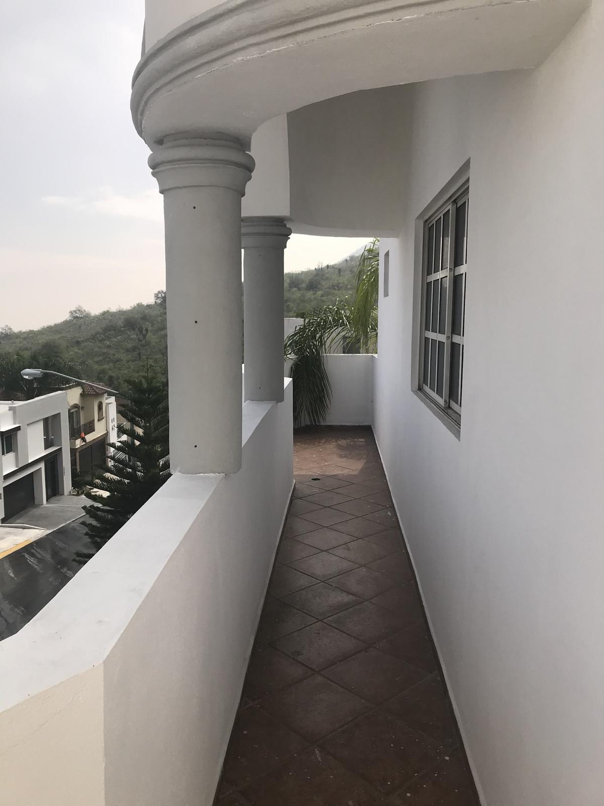 15 de 20: Balcon