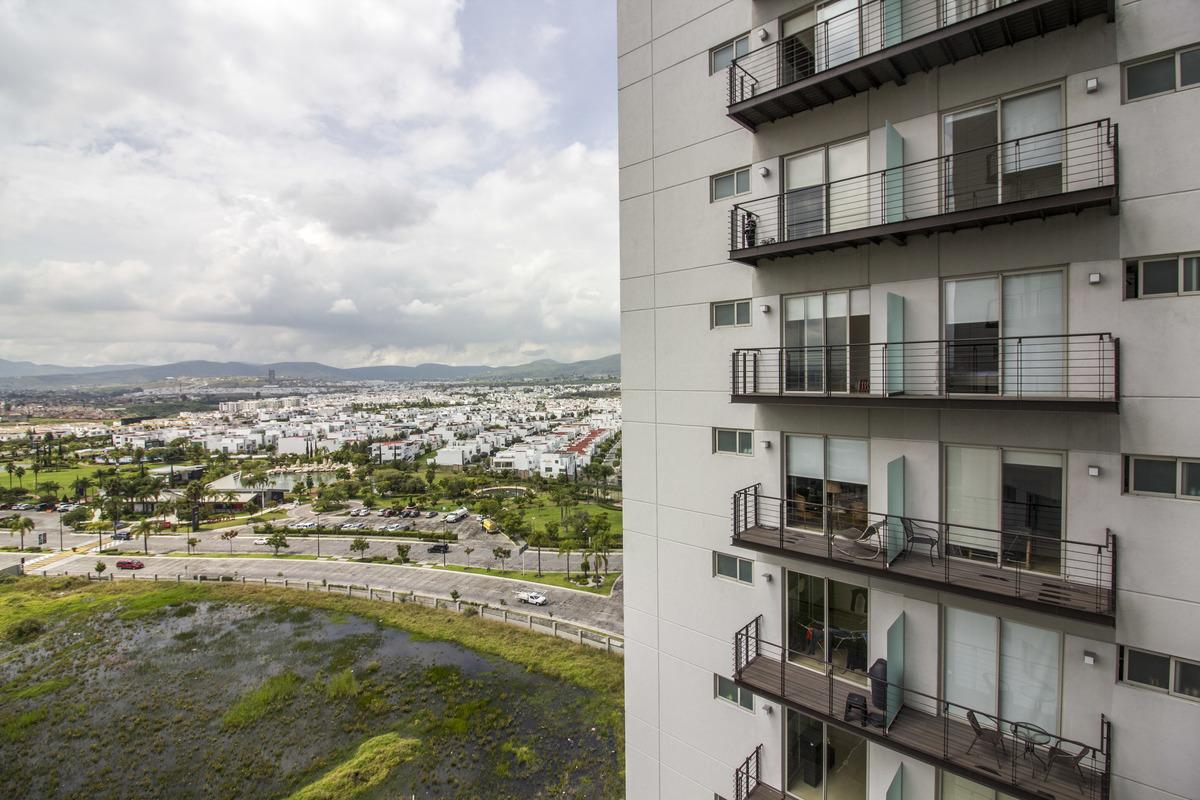 14 de 18: Vista desde balcón de la recámara