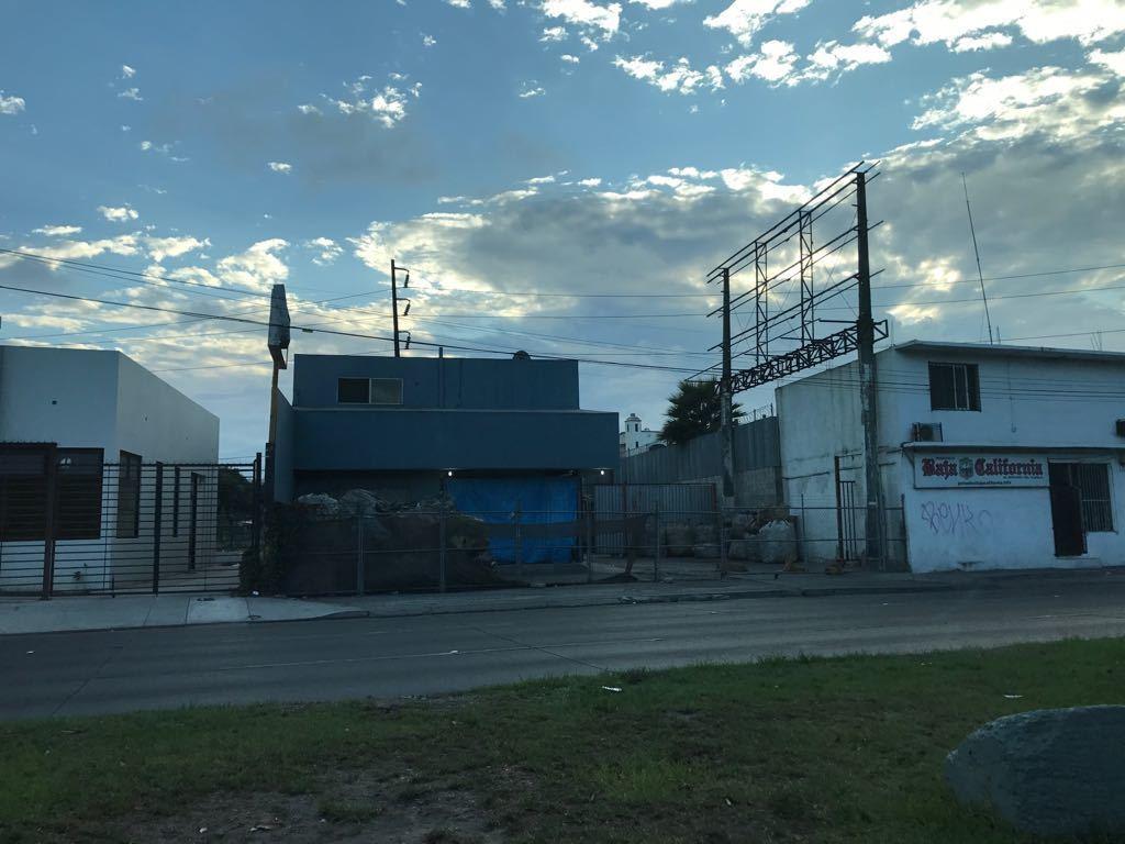 2 de 7: Vista terreno por Blvd. Sanchez Taboada