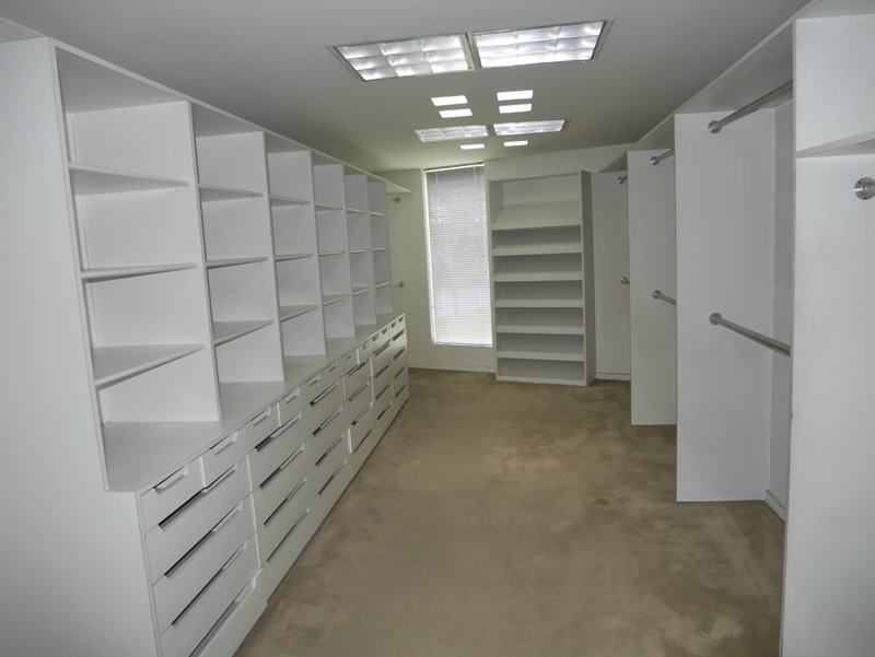 37 de 41: Walk-in-closet principal