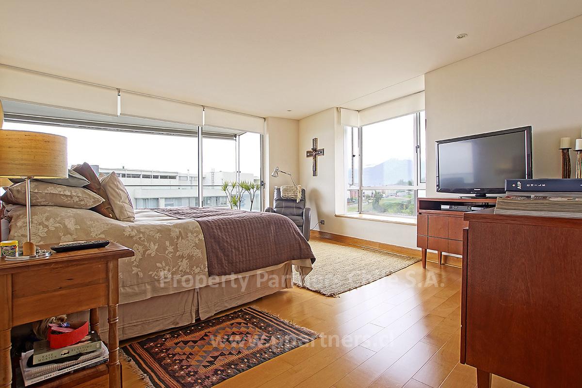 6 de 21: Dormitorio principal, amplio y luminoso