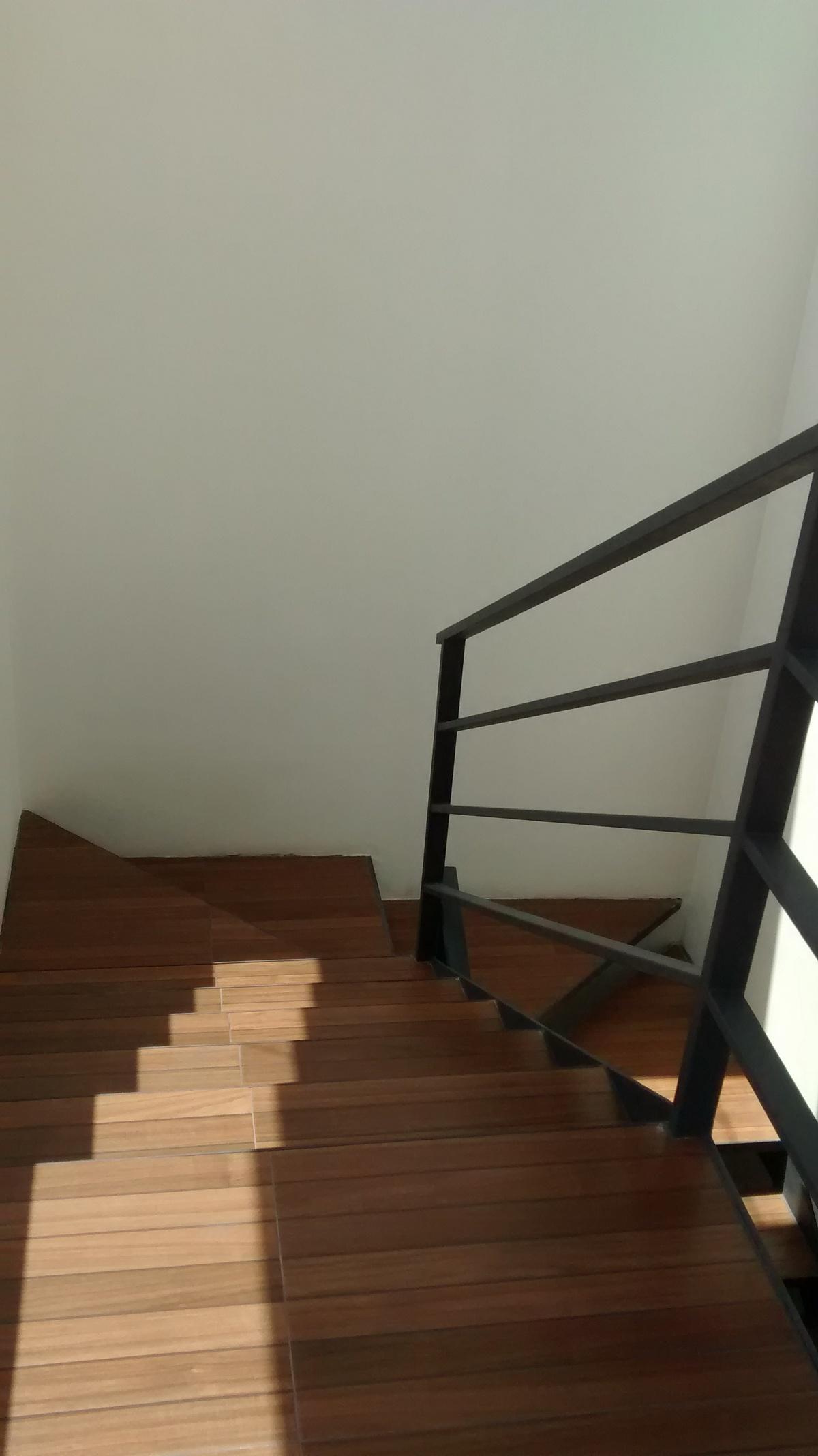 18 de 25: escaleras salida a roof garden