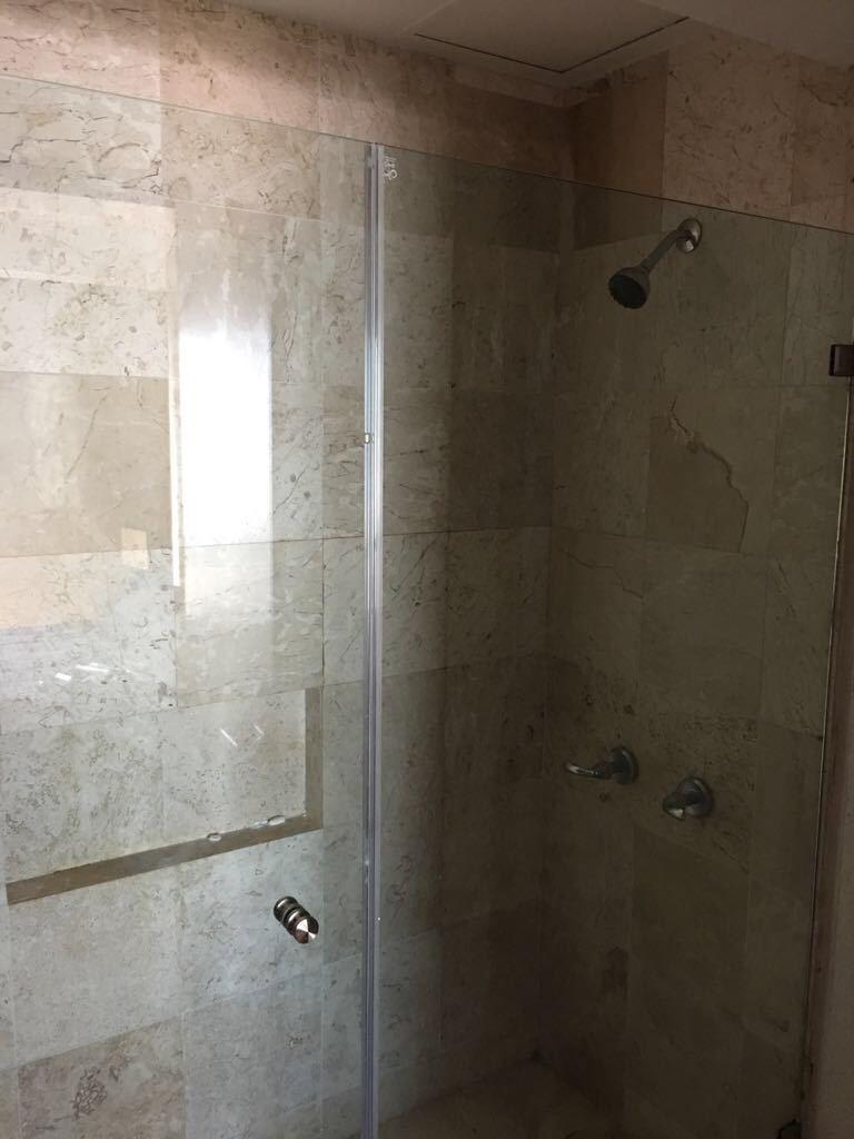 21 de 23: Baños recién remodelados.
