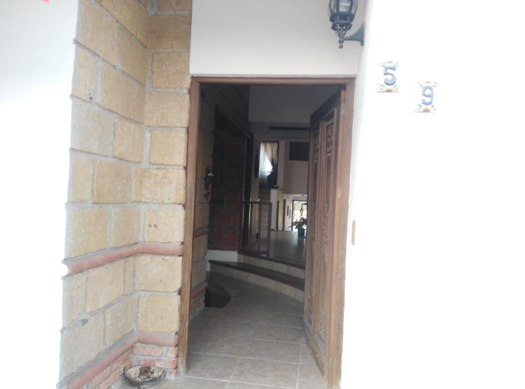 2 de 35: acceso principal