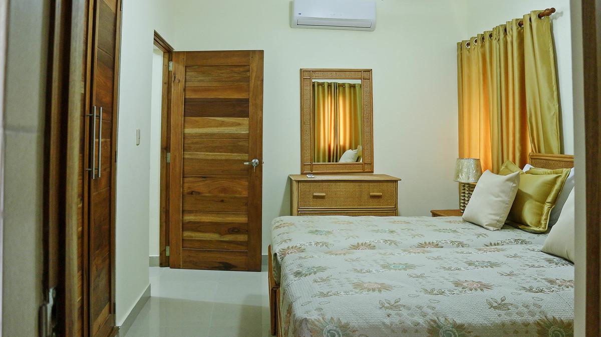3 de 12: Habitación secundario con facilidad de dos camas