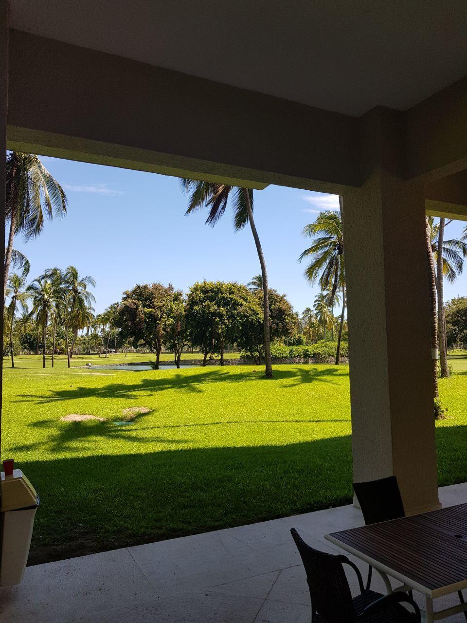 15 de 15: Vista al campo del golf (áreas comunes )