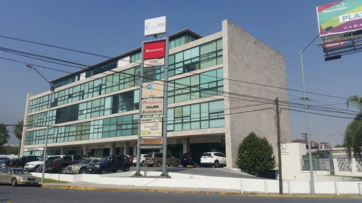 1 de 19: Vista exterior del Edificio Terranova