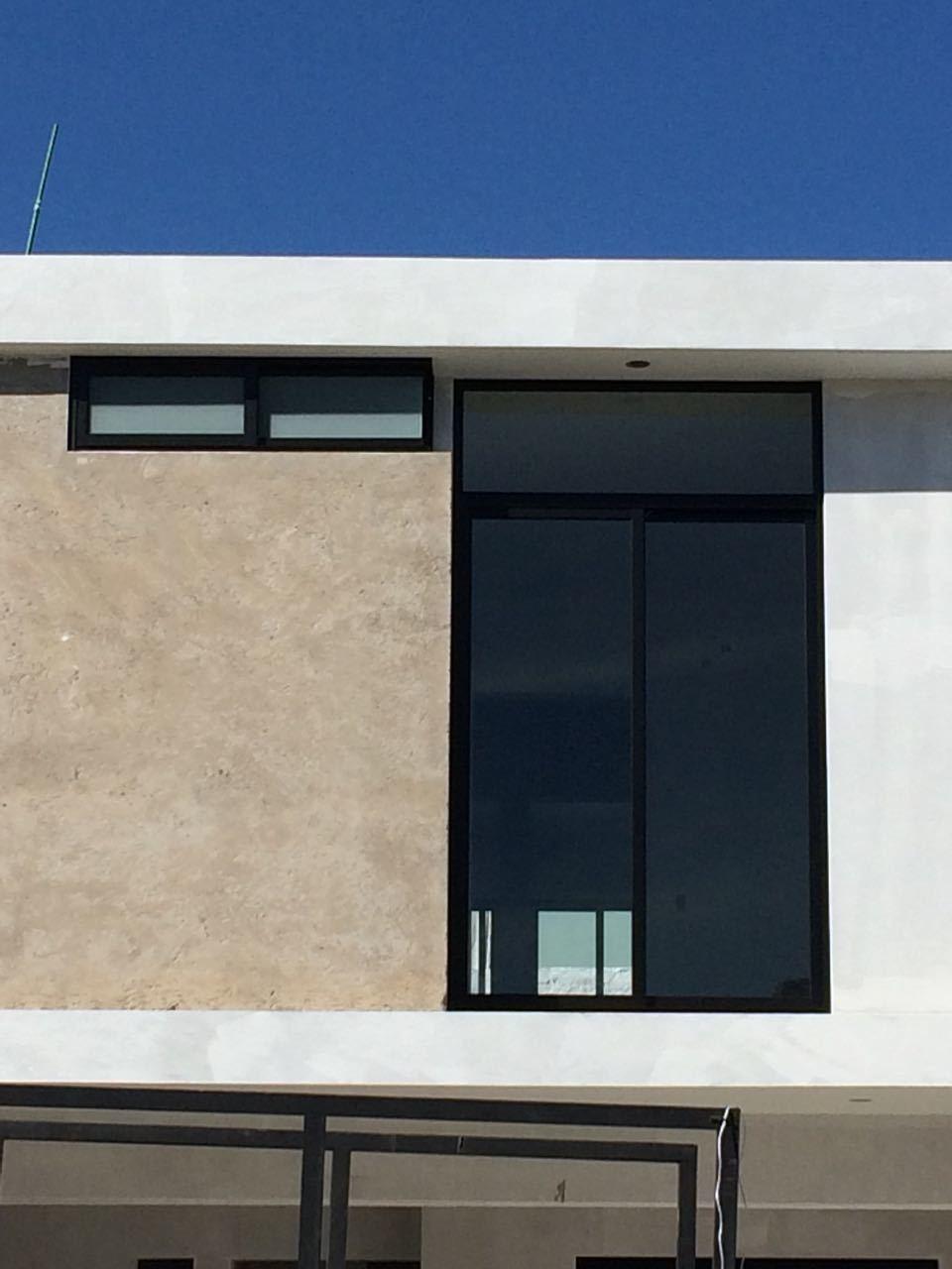 14 de 18: Últimos detalles de la fachada
